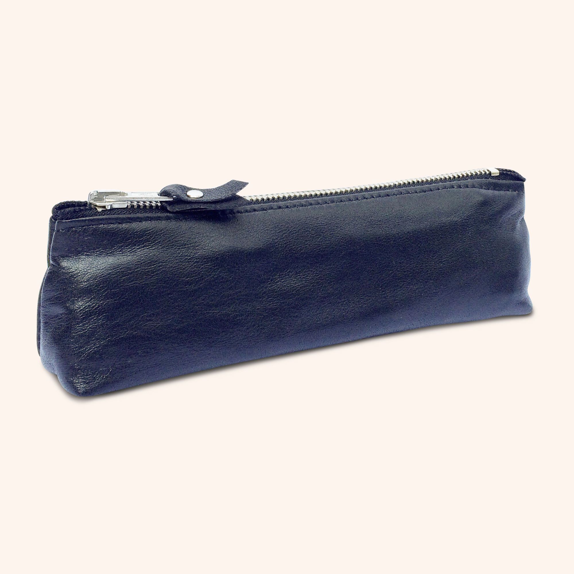 100% Genuine Leather Pouch – Black